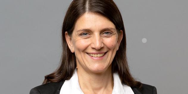 Sandra Bach, Persönliche Referentin des Landesbischofs, Bild: © ELKB/Rost