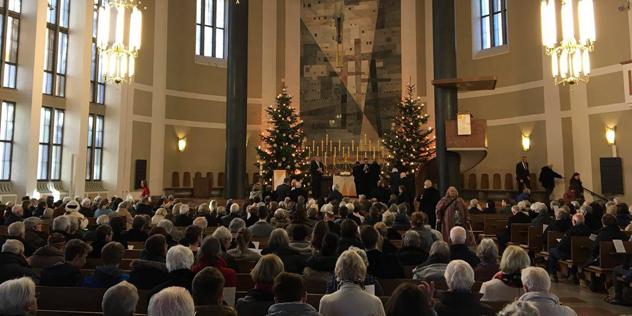 Weihacnhtsgottesdienst 2017 in St. Matthäus Altar